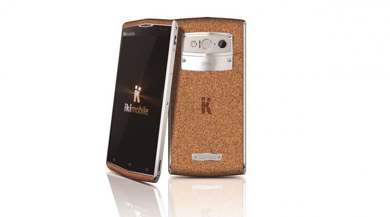 Así es el primer smartphone del mundo hecho con corcho